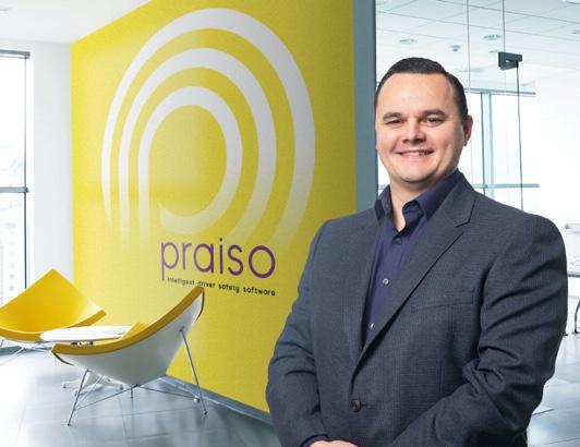 praisoBackground2